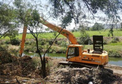 Limpian cauce de ríos y canales