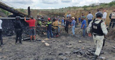 Atrapados 7 trabajadores al colapsar mina